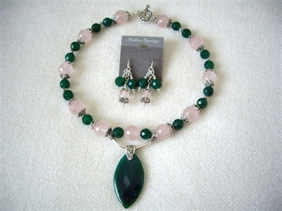 Picture of Rose Quartz, Green Onyx and 925 Silver Components