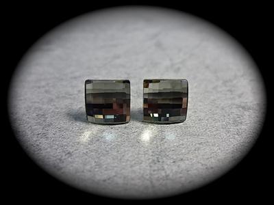 Picture of Swarovski cube earrings
